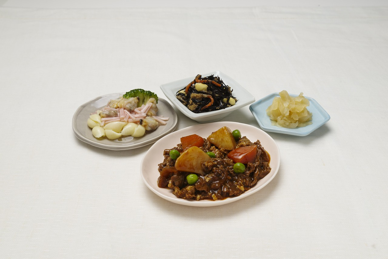 ビーフシチュー皿盛り(メニューの一例)