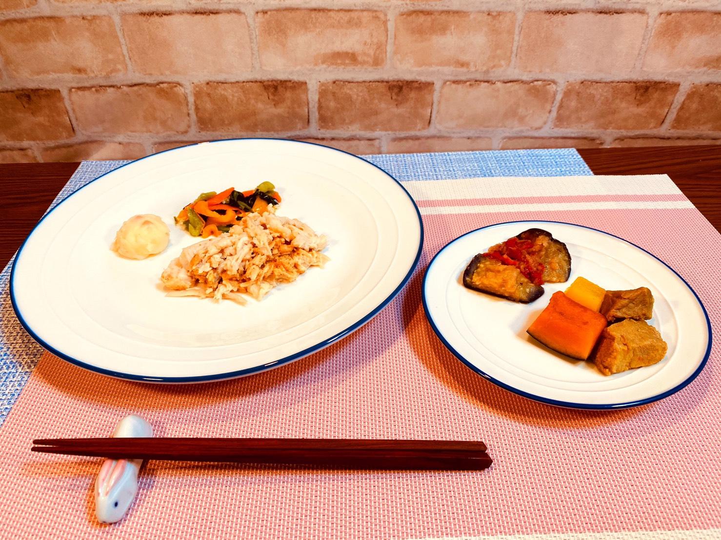 (メニューの一例)バンバンジー、豚肉と野菜の煮物、揚げナスのポン酢おろしかけ、ポテトサラダ